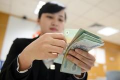 Tăng lương tối thiểu có giúp ích cho người nghèo?