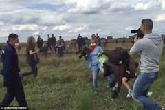 Clip sốc: Phóng viên ngáng chân người tị nạn