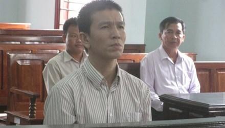 Bán 600 tấn đường qua Campuchia đánh bạc