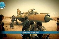 Lợi dụng bão cát, IS đánh chiếm căn cứ Syria