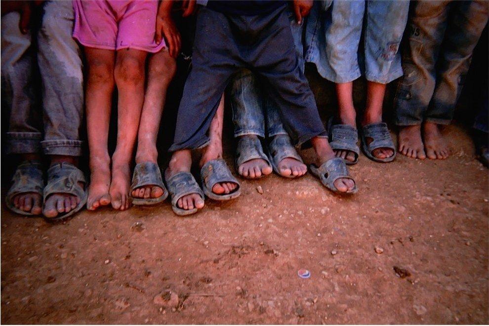 Chùm ảnh đặc tả nỗi khổ của trẻ em ở trại tị nạn - 7