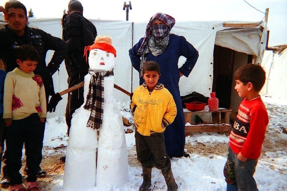 Chùm ảnh đặc tả nỗi khổ của trẻ em ở trại tị nạn - 12