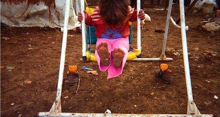 Chùm ảnh đặc tả nỗi khổ của trẻ em ở trại tị nạn