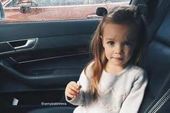 """Hotgirl Nga 2,5 tuổi gây """"chao đảo"""" với 242 nghìn fan"""