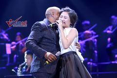 Văn Mai Hương khóc khi hát với huyền thoại Peabo Bryson