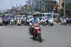 Tăng nặng mức phạt vi phạm giao thông có khả thi?