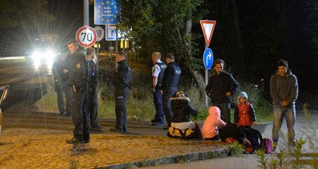 Thế giới 24h: Châu Âu siết chặt biên giới