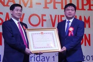Bố chồng Hà Tăng và tham vọng thâu tóm sân bay
