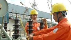 Kêu lỗ 2.000 tỷ, EVN hứa không tăng giá điện