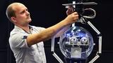 Robot chửi tục trên sóng truyền hình