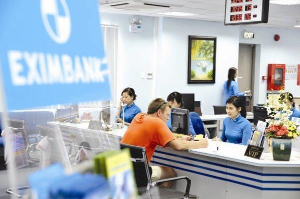 Những 'dây mơ rễ má' ở Eximbank