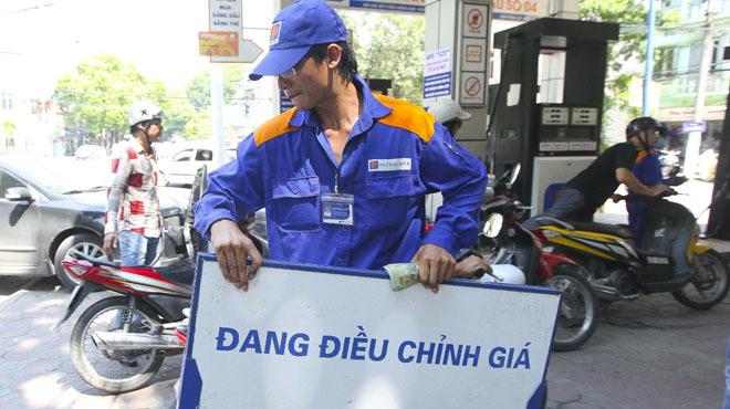 thời sự trong ngày, xăng dầu, tăng giá, Mỹ Đức, làm quan, ngáo đá