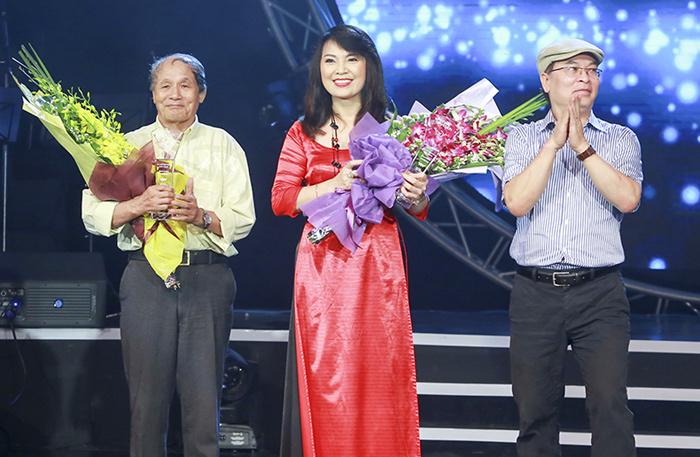 Hoài Lâm đốn tim khán giả bởi ca khúc tự sáng tác