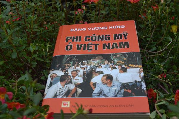 'Phi công Mỹ ở Việt Nam' tiết lộ những điều 'tuyệt mật'