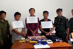 Bắt hàng vạn viên ma túy từ Lào về VN