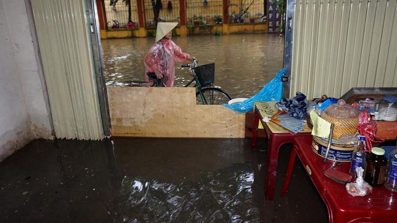 ngập, lụt, phố sân bay, Hà Nội, phố nguyễn sơn