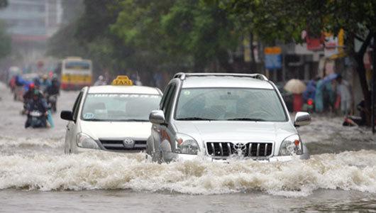 thủy kích, ô tô, ngập nước