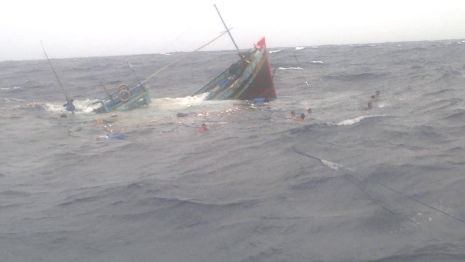 ngư dân, biển Bình Thuận, tại nạn, tàu ngoại