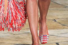 Những mẫu giày gây bão tại Tuần lễ thời trang New York