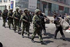 Bạo động ở Tân Cương, 5 cảnh sát thiệt mạng