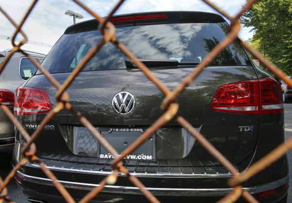 Gian dối tỷ USD đe dọa Audi, Bentley