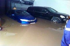 Ôtô ngập nước coi như 'đồ bỏ'
