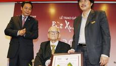 Nhà nghiên cứu 89 tuổi thắng giải Bùi Xuân Phái