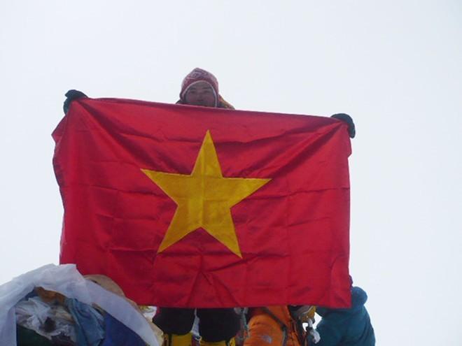 Người Việt kể gian truân trên đường chinh phục đỉnh Everest