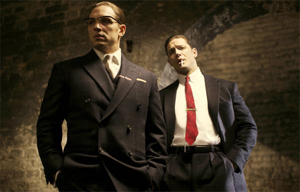 'Max điên' một mình đóng hai vai song sinh sát thủ