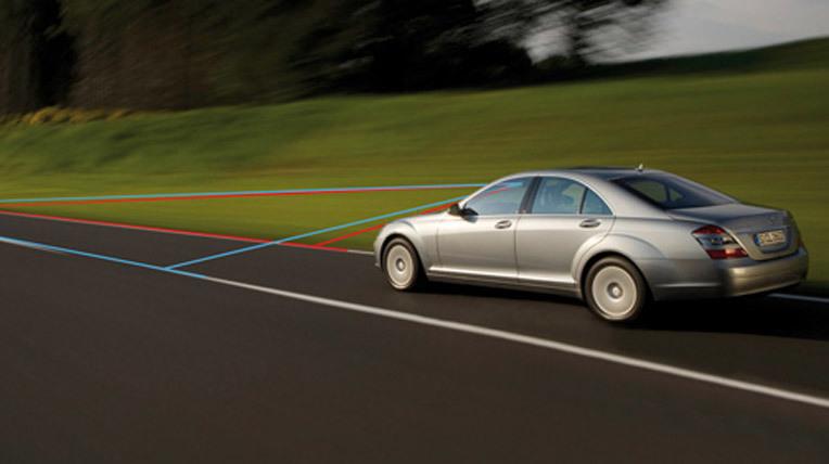 4 công nghệ trên ôtô không ứng dụng nổi ở VN