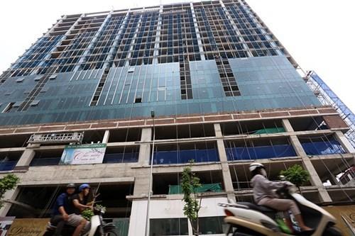 Cận cảnh tòa nhà 17 tầng lấn át không gian Lăng Bác