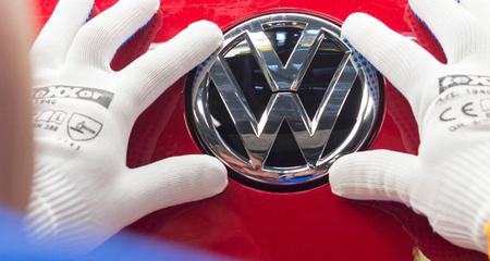 Cấm bán ôtô Volkswagen, đế chế 'Đức' nguy khốn