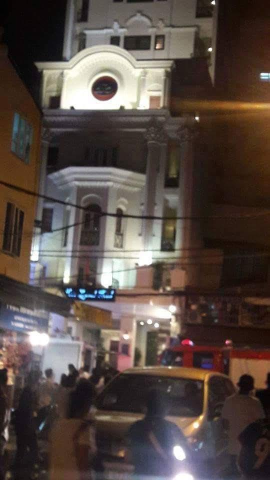 Cháy khách sạn trong phố cổ Hà Nội, khách chạy tán loạn