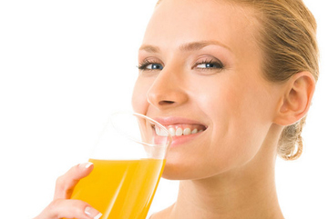 Sai lầm tai hại khi uống nước quả ép hàng ngày