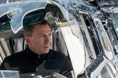 Phim James Bond mới phá hỏng hàng loạt ô tô giá 800 tỉ