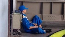 Mang tiếng làm hàng không: Khốn khổ như phu hành lý sân bay