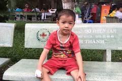 Cha nghèo mơ ước 30 triệu đồng chữa bệnh cho con