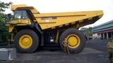 Xe tải khổng lồ giá 20 tỷ đồng xôn xao đất mỏ