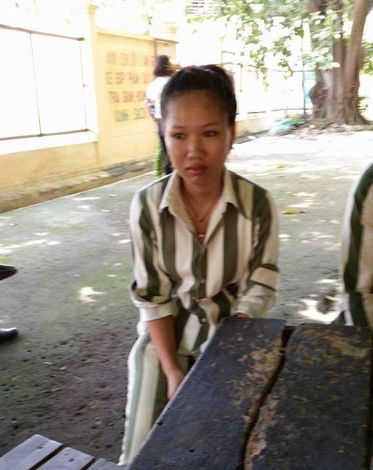trại giam, phạm nhân, nữ sinh, đánh bạn