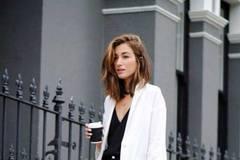 5 gợi ý mặc đẹp cho nàng công sở đầu thu