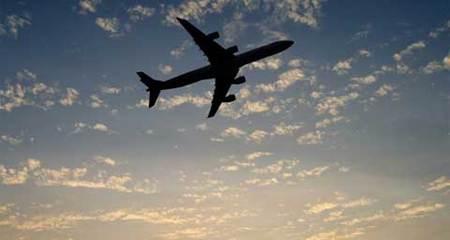 Thế giới 24h: Thêm một máy bay chở khách mất tích