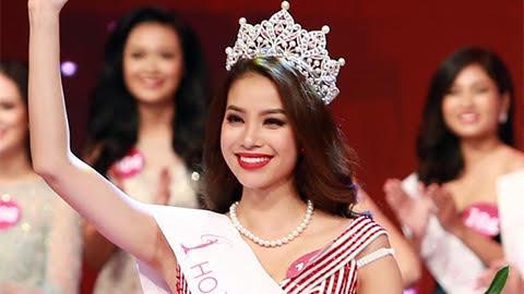 Phạm Hương ngoạn mục đăng quang giữa bão scandal