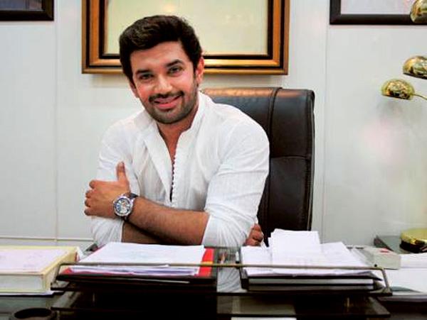 Nam chính trị gia, trẻ đẹp, siêu sao Bollywood, Ấn Độ
