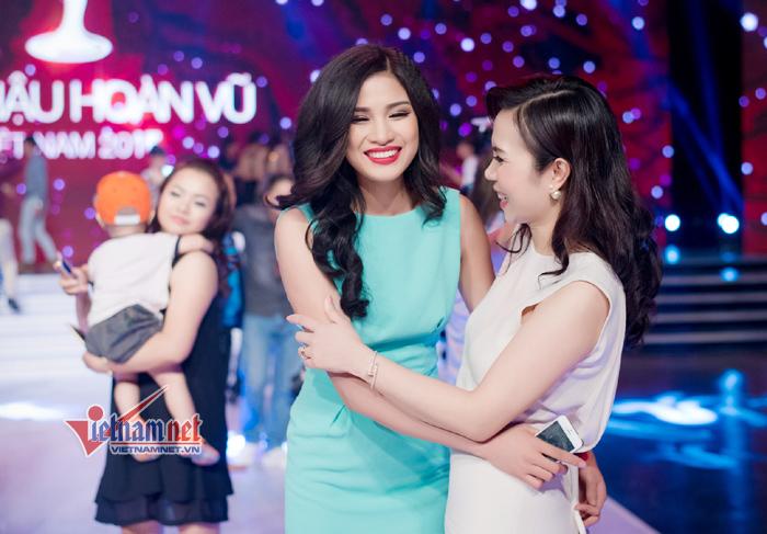 Trà My, Lệ Hằng, Ngọc Thảo, Hoa hậu Hoàn vũ VN, Phạm Hương,