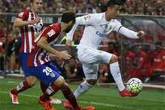 Ronaldo im tiếng, Real đánh rơi chiến thắng trước Atletico