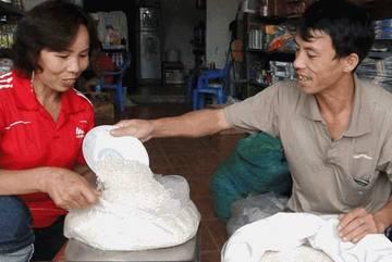 Điều tra nghi án gạo nhựa ở Việt Nam