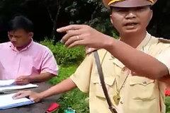 'Thư ký' của CSGT đánh thiếu nữ dập môi vì dám cự cãi