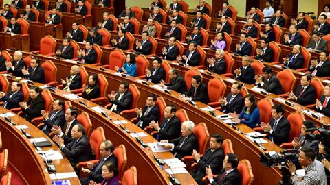 Trình Trung ương chuẩn bị nhân sự Bộ Chính trị
