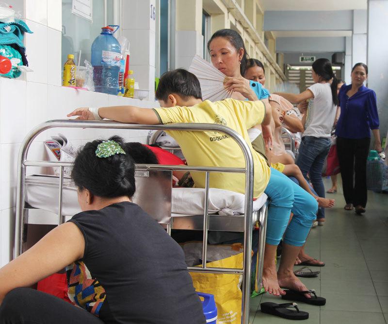quá tải, tay chân miệng, sốt xuất huyết, bệnh viện