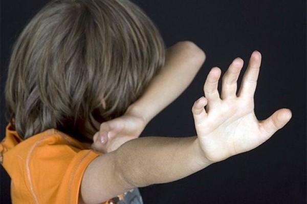 Dấu hiệu, bố mẹ, bạo hành, đến trường, trẻ em